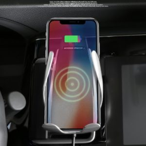 Charged Essentials Caricatore Wireless intelligente per auto